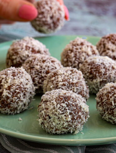 Peppermint Bliss Balls Thermomix