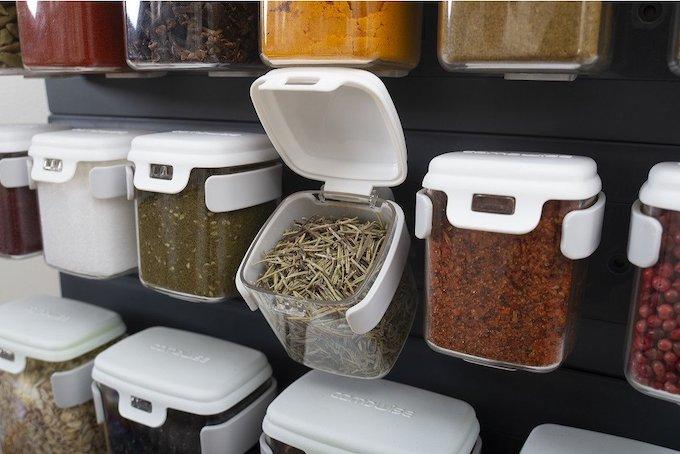 Mobin Spice Storage