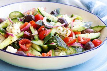 Skinnymixers Greek Salad