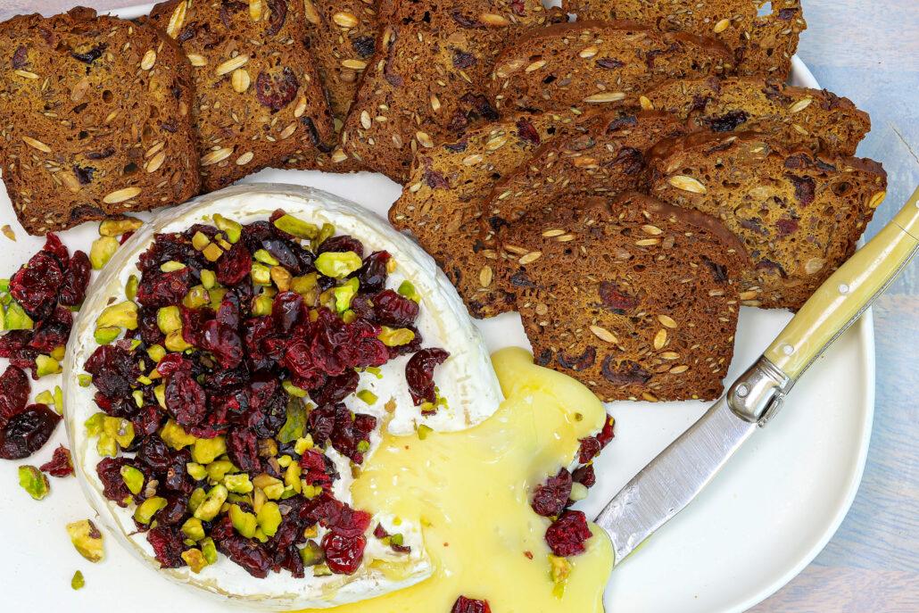Skinnymixers Cranberry Pumpkin Seed Crackers